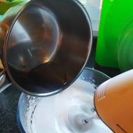 Añadir la gelatina disuelta